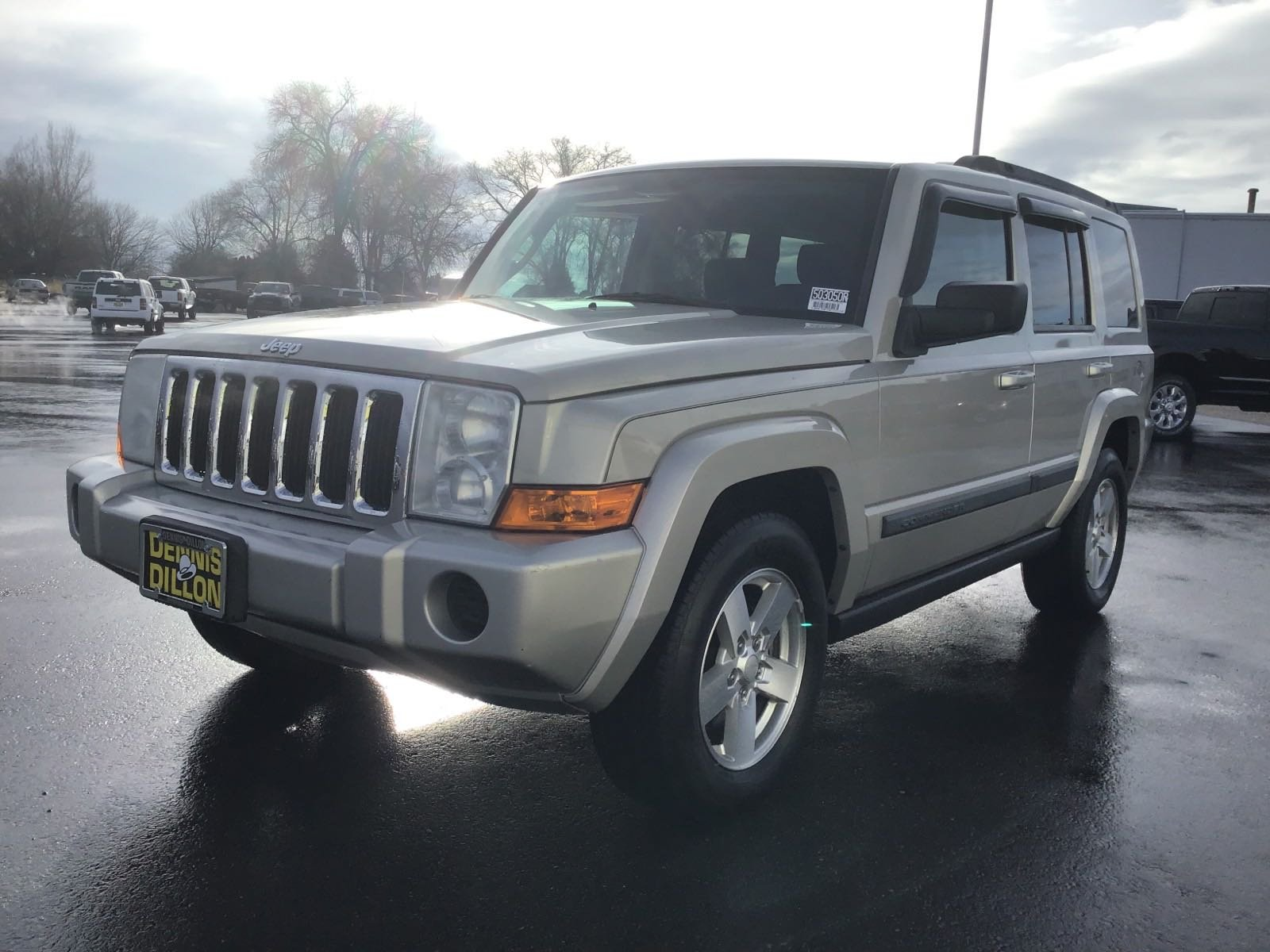 Pre-Owned 2008 Jeep Commander Sport